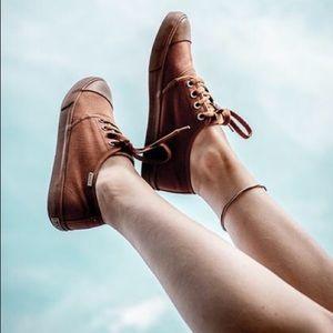 BANGS Low Top Shoes